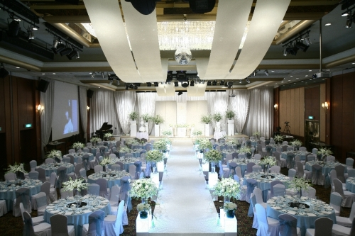 Renaissance seoul hotel presents promotion for leap month korea it are you planning to wedding on this fall please consider renaissance seoul hotel wedding the hotel presents leap month promotion for couples who are junglespirit Image collections