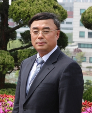 Choi Sung, Professor of computer science at Namseoul University