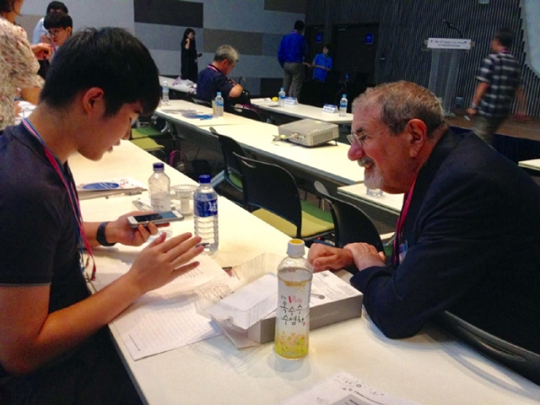 Prof. Richard N. Zare, Stanford University (right) and Spencer Lee, Seoul Foreign High School