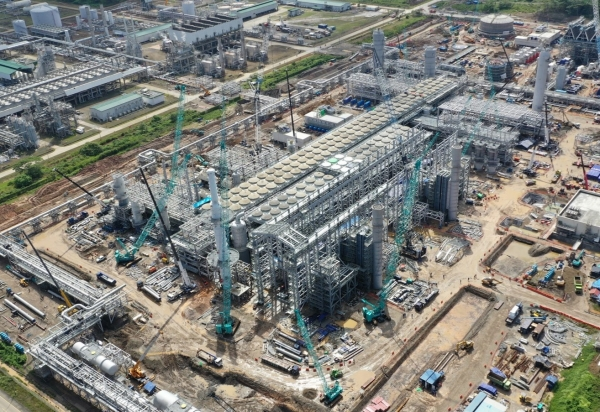 The whole view of Tangguh LNG Train 3 in Indonesia/Courtesy of Daewoo E&C